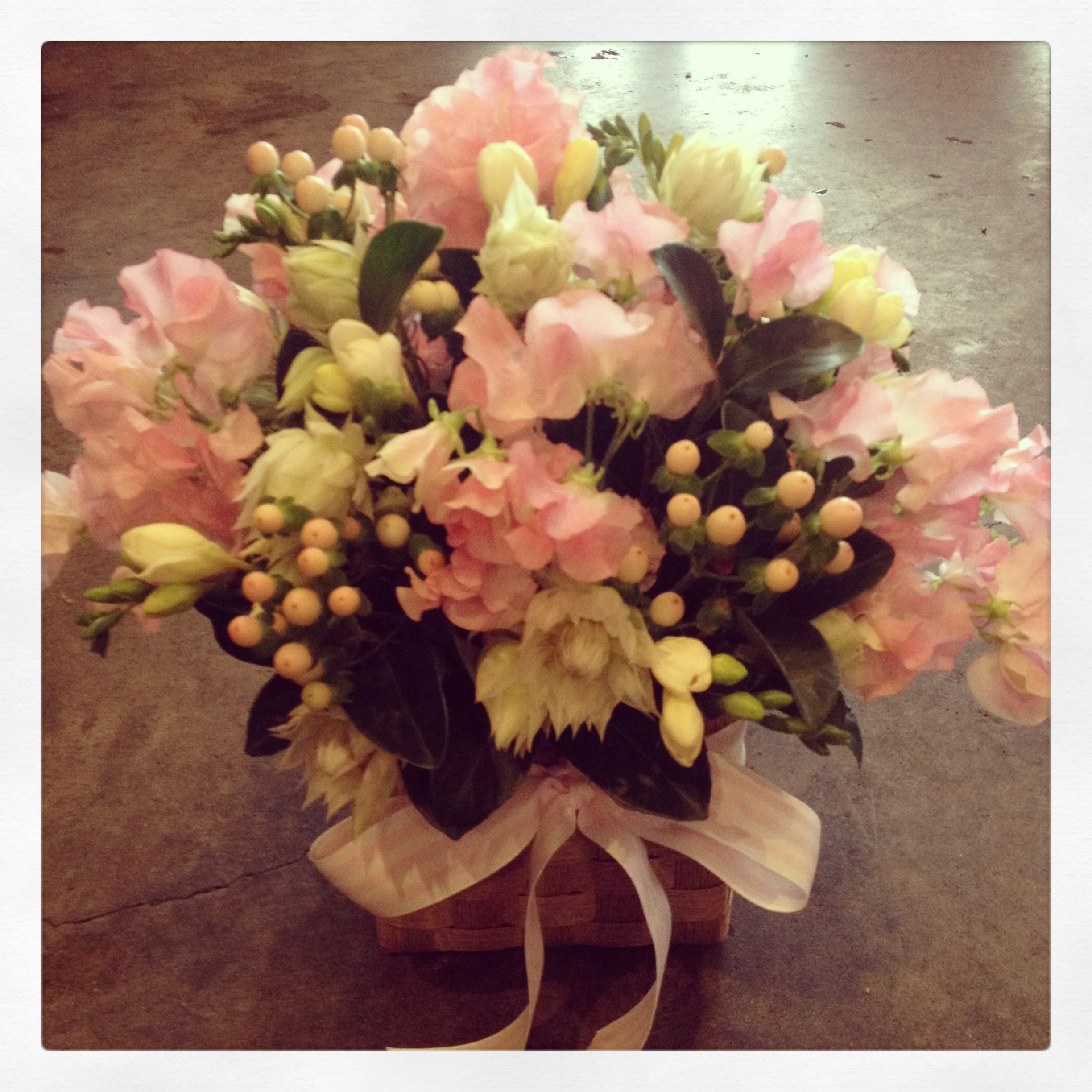 Soft &#038; Pretty <br /> Arrangement